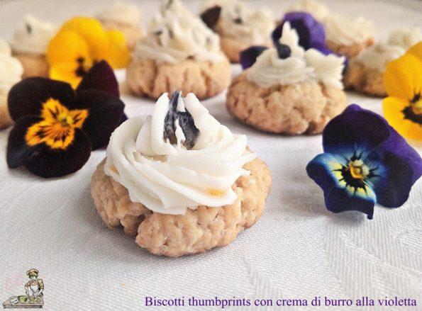 Biscotti thumbprints con crema di burro alla violetta